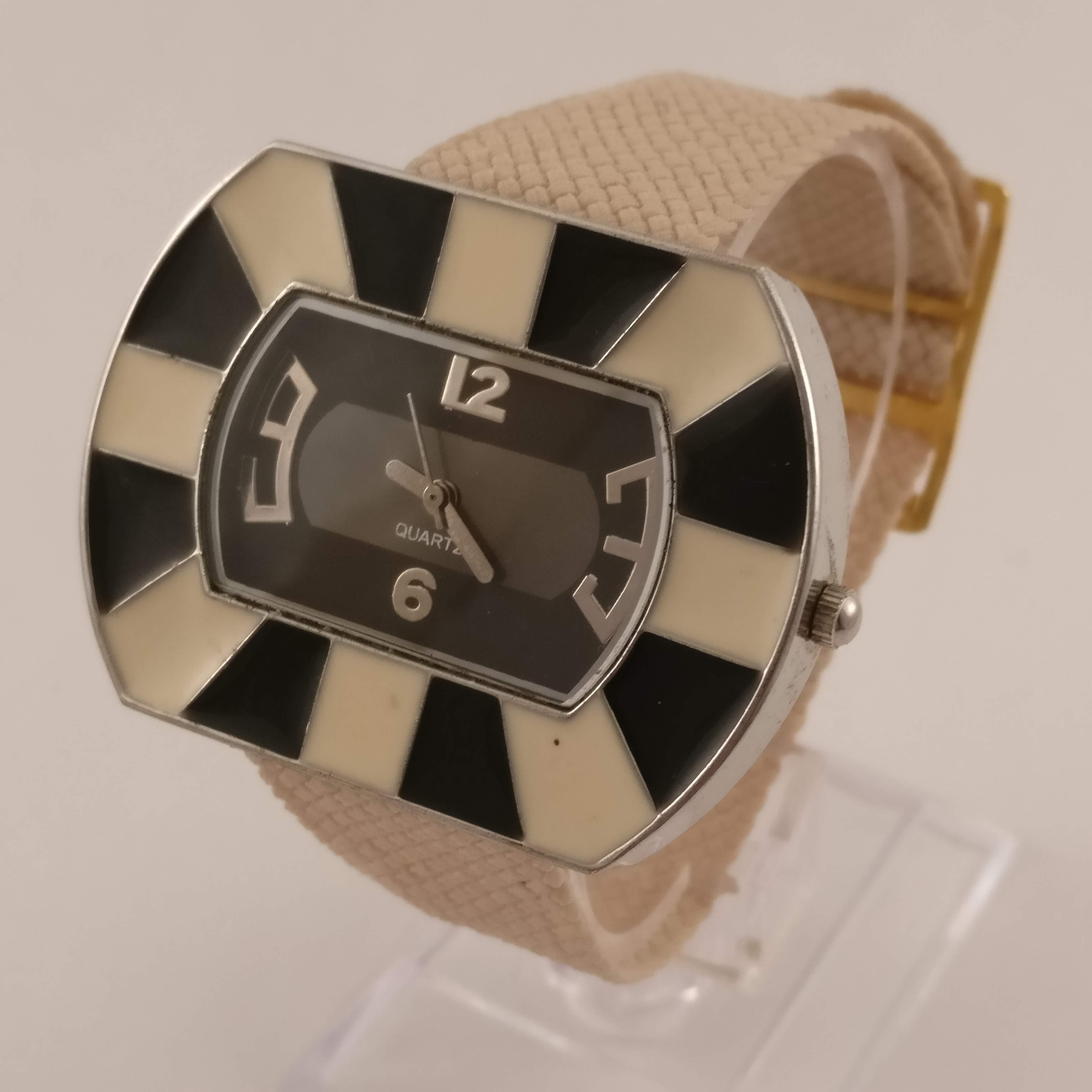Verrassend Zwart/Beige Dames Horloge PF-97